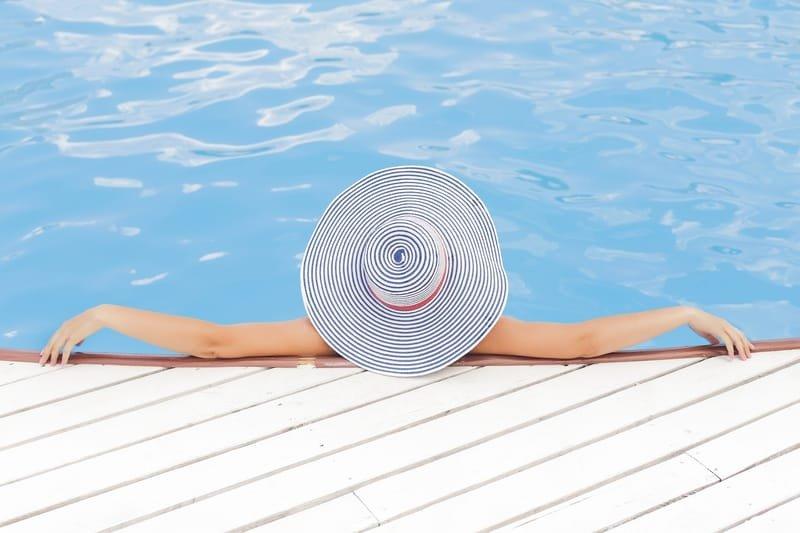 הקמת בריכות שחיה