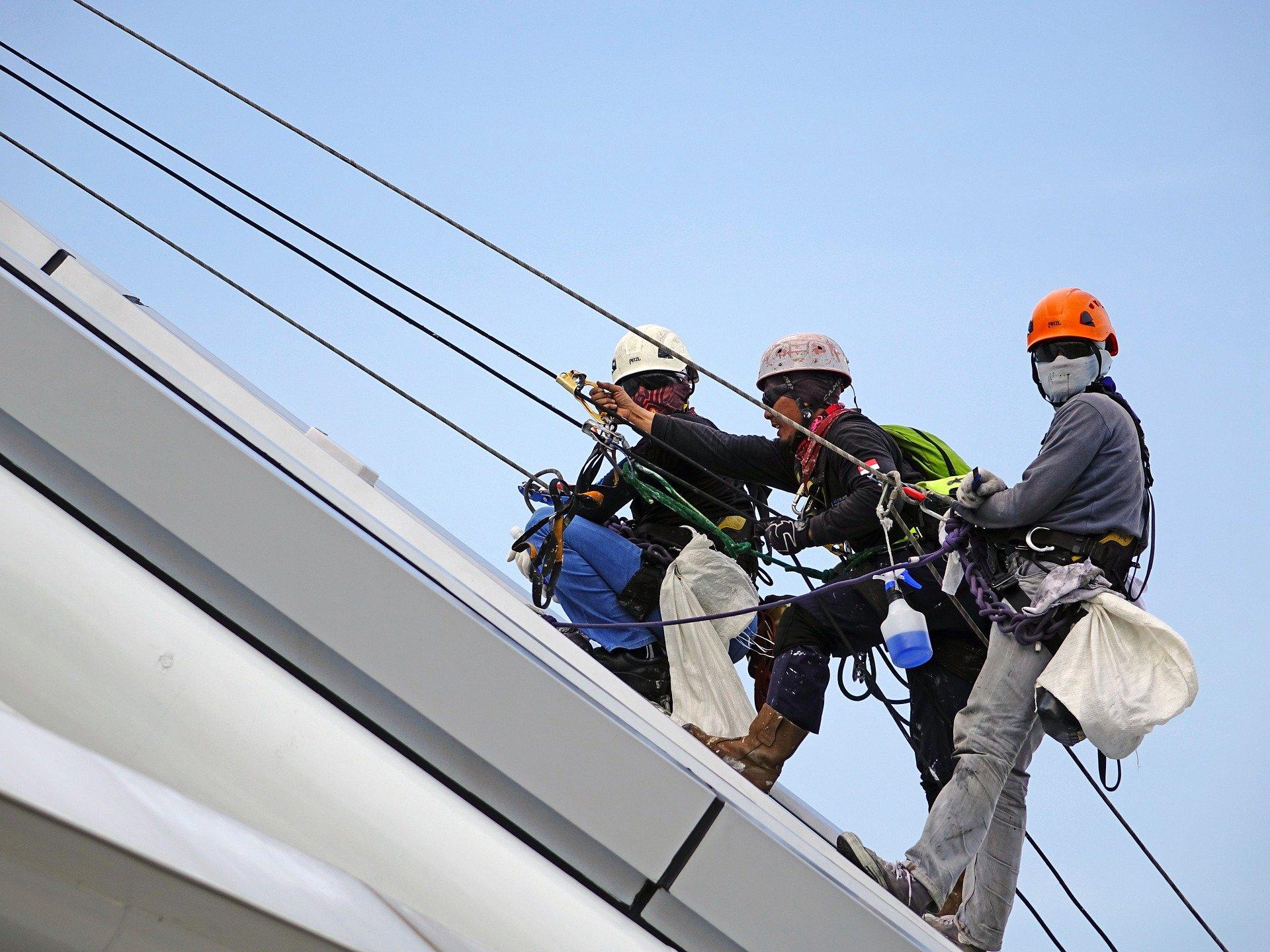 רתמת בטיחות לעבודה בגובה