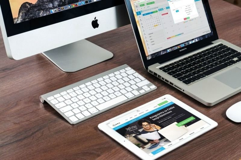 LCD csere iPhone Mac iPad