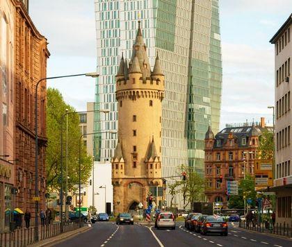 برج ايشنهايم فرانكفورت