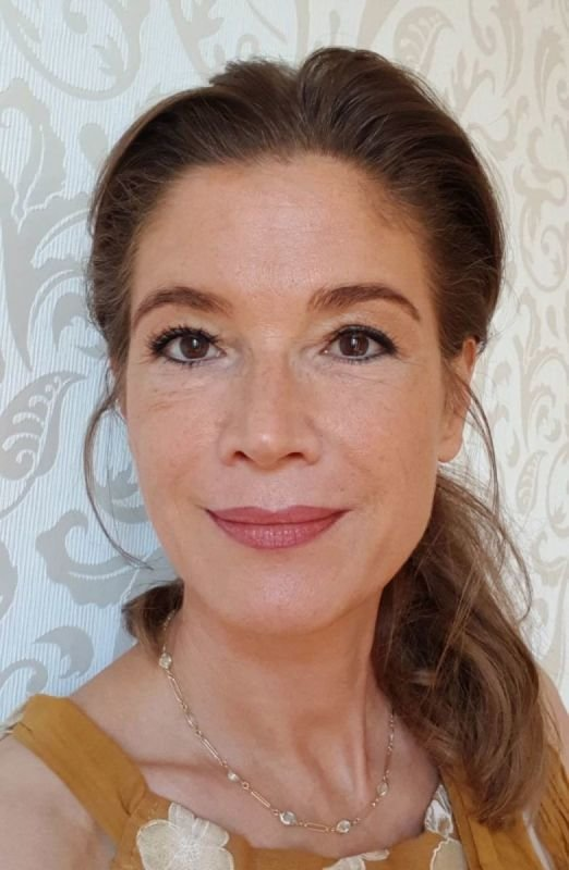 Angela Winckelsesser