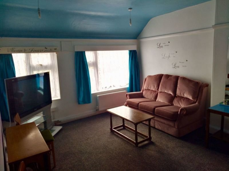 Lounge of Suite 123