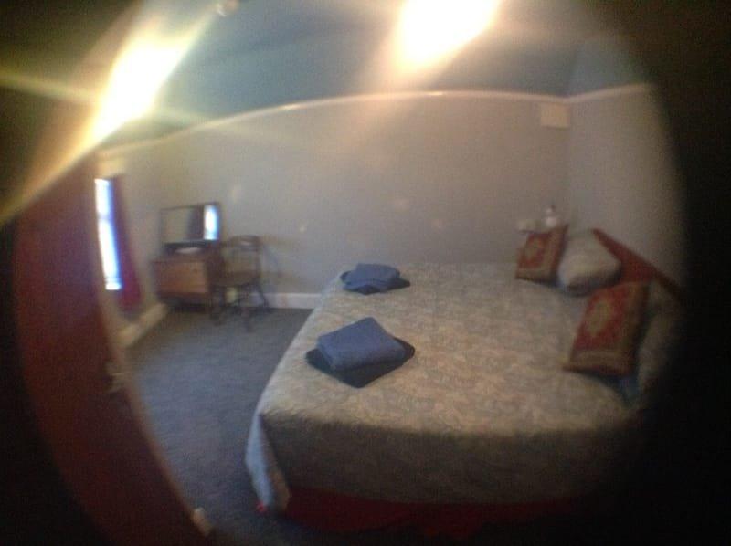 Bedroom 123