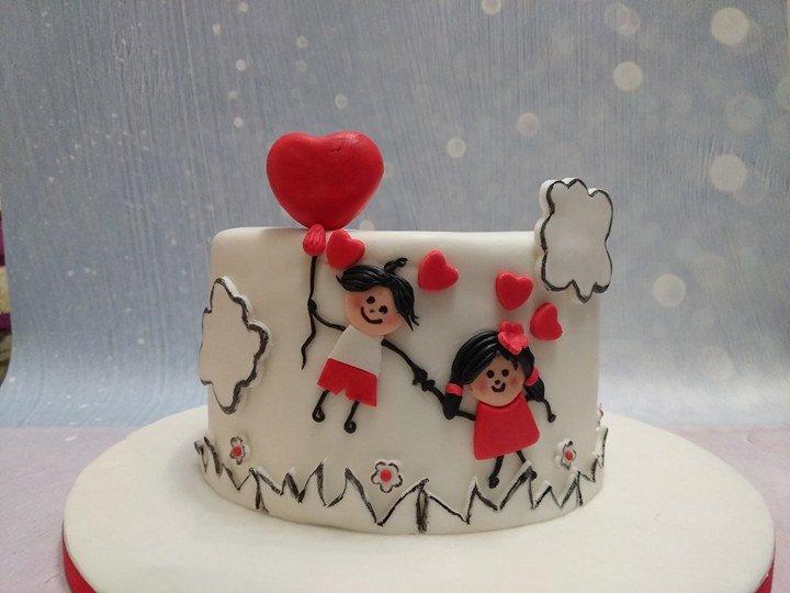 τούρτα απο ζαχαρόπαστα η ημέρα της μητέρας, Ζαχαροπλαστείο καλαμάτα madamecharlotte.gr, party birthday cakes 2d 3d confectionery patisserie kalamata
