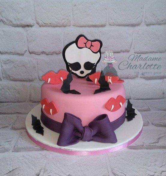 τούρτα από ζαχαρόπαστα monster high, Ζαχαροπλαστείο καλαμάτα madamecharlotte.gr, birthday cakes 2d 3d confectionery patisserie kalamata