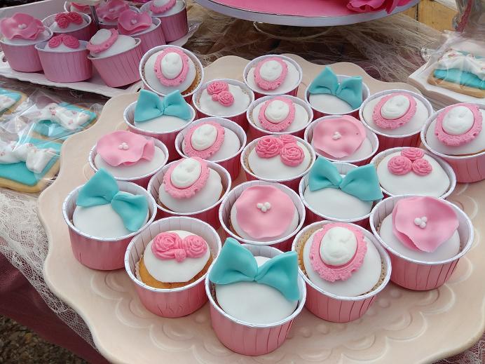 μπουφέ cup cakes βάπτισης Ζαχαροπλαστειο καλαματα madame charlotte, birthday cakes kalamata