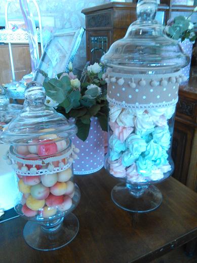 μπουφέ βάπτισης με φοντανάκια και μπεζεδάκια μονόκερος Ζαχαροπλαστειο καλαματα madame charlotte, birthday cakes kalamata