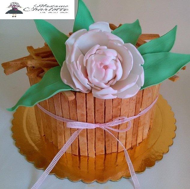 τούρτα με παιώνια από ζαχαρόπαστα, Ζαχαροπλαστείο καλαμάτα madamecharlotte.gr, τούρτες γεννεθλίων γάμου βάπτησης παιδικές θεματικές birthday theme party cake 2d 3d confectionery patisserie kalamata