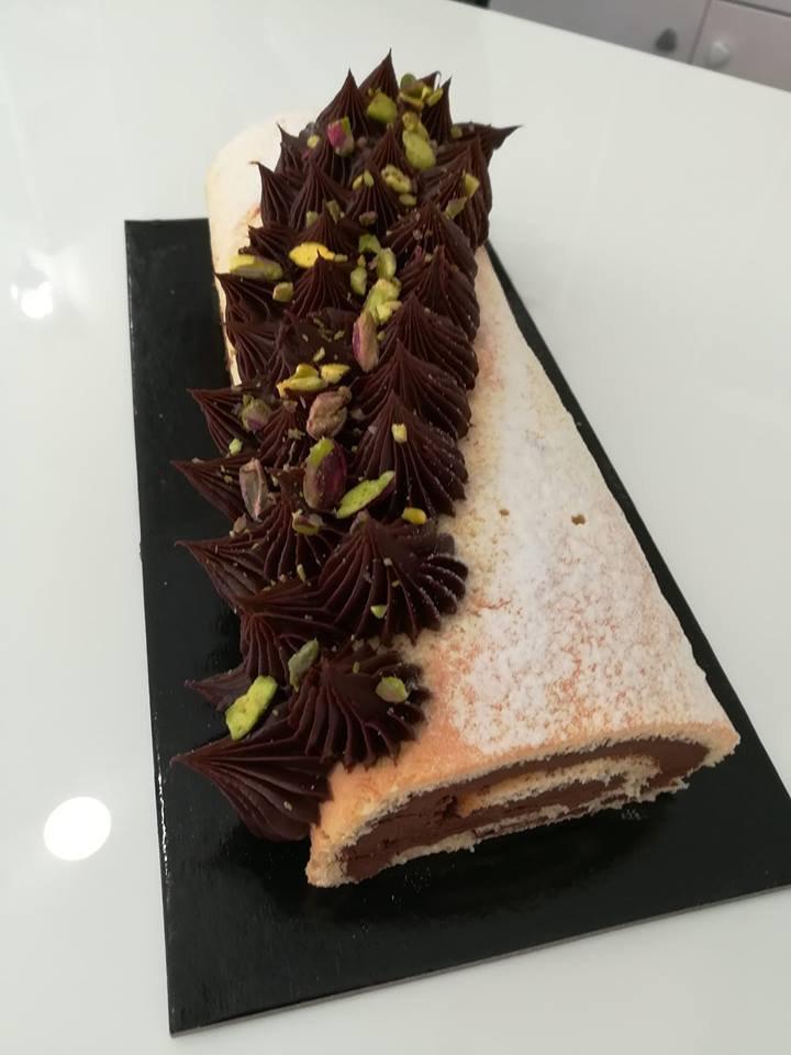 κορμός σοκολάτα-κάστανο, Ζαχαροπλαστείο καλαμάτα madame charlotte, σοκολατάκια πάστες γλυκά τούρτες γεννεθλίων γάμου βάπτισης παιδικές θεματικές birthday theme party cake 2d 3d confectionery patisserie kalamata