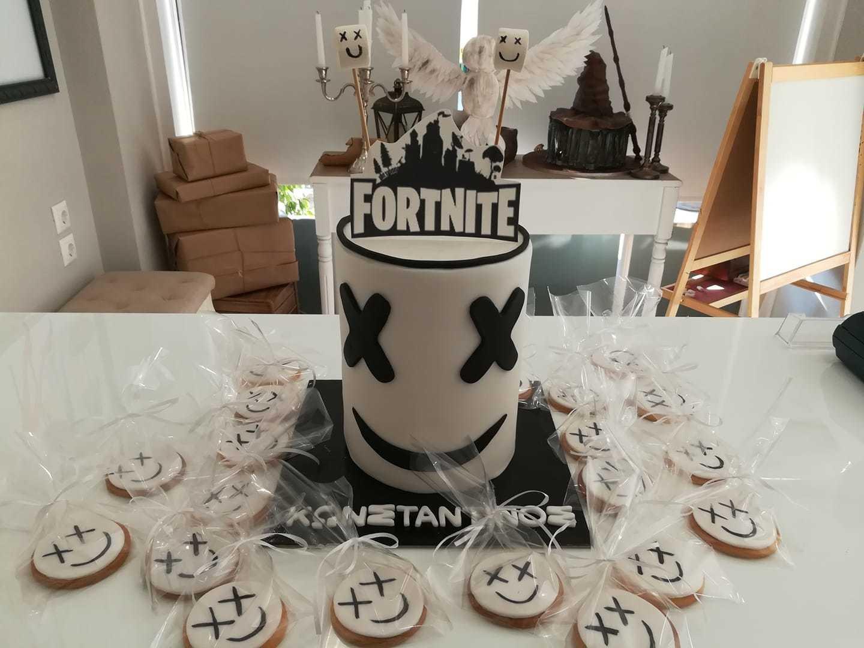 τούρτα από ζαχαρόπαστα fortnite marshmello, Ζαχαροπλαστείο καλαμάτα madame charlotte, τουρτες παρτι παιδικες γενεθλιων για αγόρια για κορίτσια για μεγάλους madamecharlotte.gr birthday cakes patisserie confectionery kalamata
