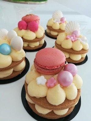 πάστα τάρτα κρέμα γλυκού τυριού, Ζαχαροπλαστείο καλαμάτα madame charlotte, σοκολατάκια πάστες γλυκά τούρτες γεννεθλίων γάμου βάπτισης παιδικές θεματικές birthday theme party cake 2d 3d παγωτό ice cream confectionery patisserie kalamata