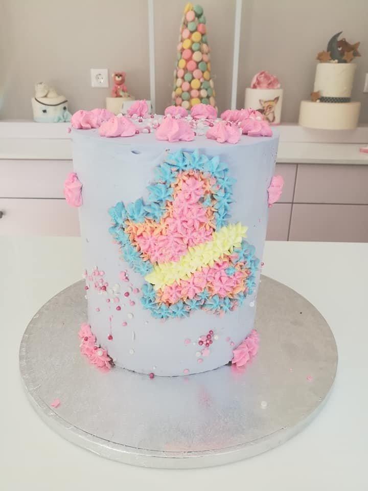 τούρτα από ζαχαρόπαστα πεταλούδα, Ζαχαροπλαστεία στη καλαμάτα madame charlotte, τούρτες γεννεθλίων γάμου βάπτησης παιδικές θεματικές birthday theme party cake 2d 3d confectionery patisserie kalamata