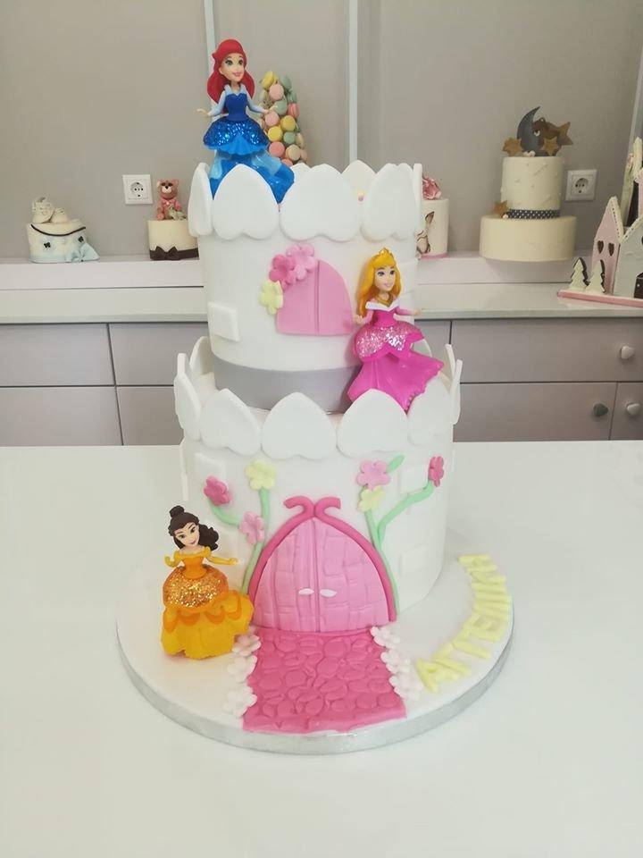 τούρτα από ζαχαρόπαστα κάστρο με πριγκίπισσες, Ζαχαροπλαστεία στη καλαμάτα madame charlotte, τούρτες γεννεθλίων γάμου βάπτησης παιδικές θεματικές birthday theme party cake 2d 3d confectionery patisserie kalamata