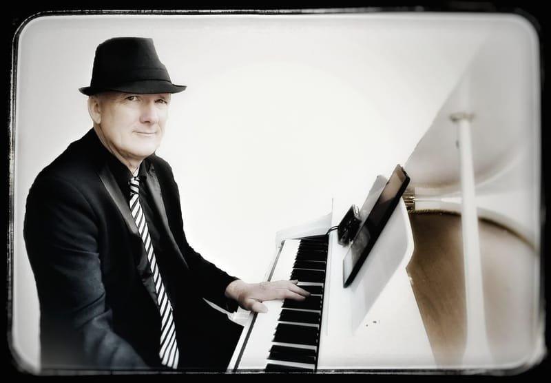 RICHARD VICART Pianiste  pour ambiance piano-bar