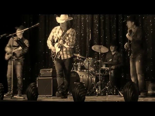 THE BLACK HORSES; country