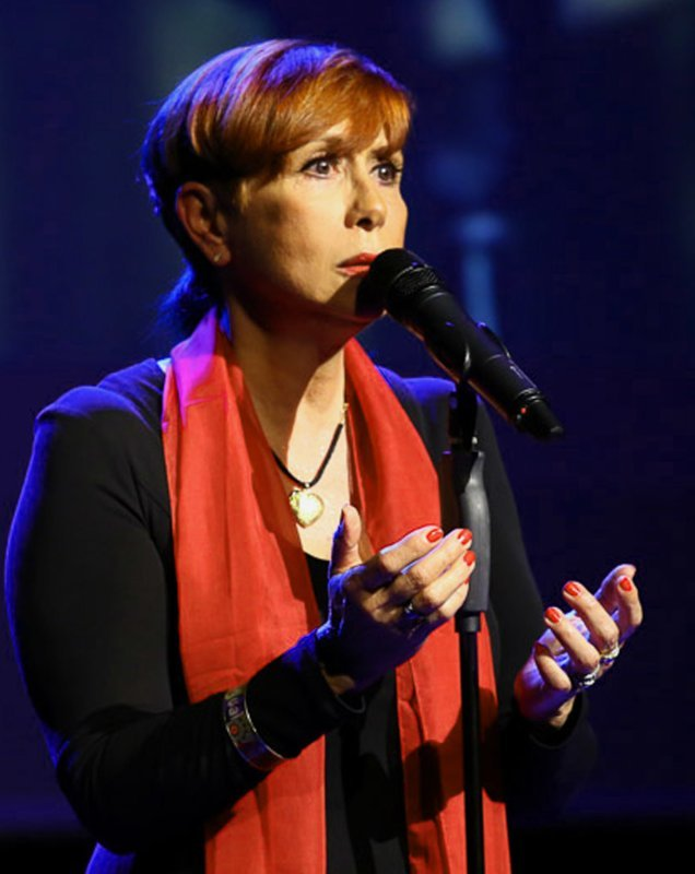 DELPHINE MAILLAND,solo, duo, trio, variété, lyrique, jazz, chant  corse, Barbara, Edith Piaf