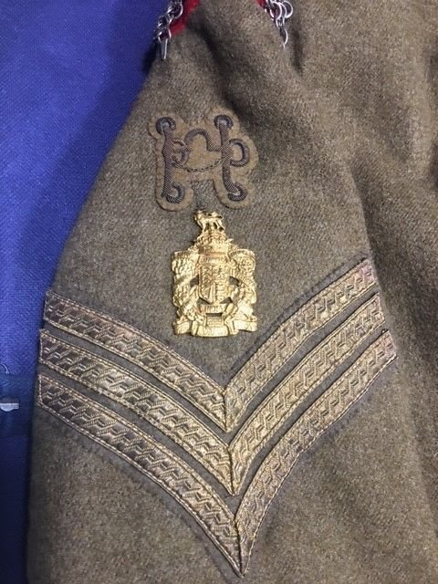 NCOs' Arm Badges & Shoulder Titles