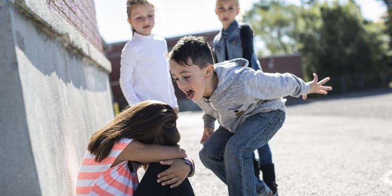 EL BULLYNG DAÑA A LOS NIÑOS PSICOLOGICAMENTE