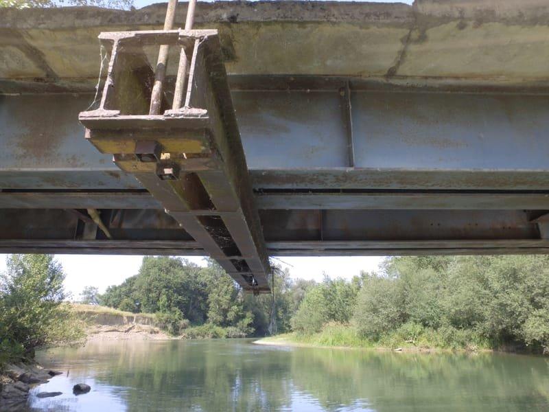 Surveillance d'un dessous de tablier de pont
