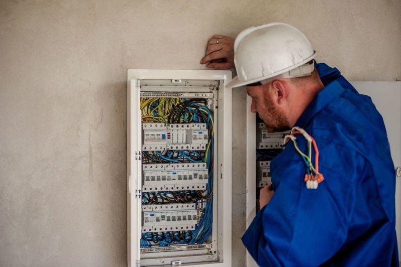 INSTALLATION SUPERVISION AND COMMISSIONING WORKS; MAINTENANCE