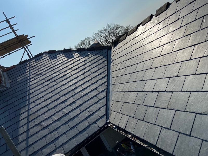 Slate roof construction