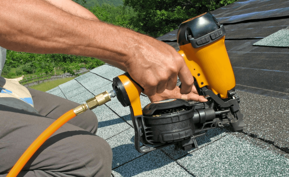 things to repair when selling home roof
