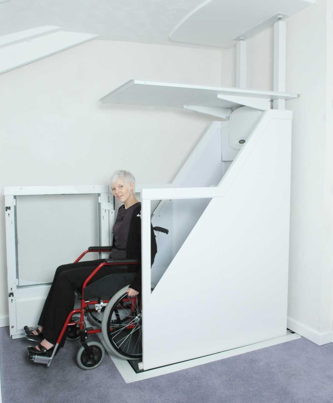 podnośnik pionowy dla niepełnosprawnych