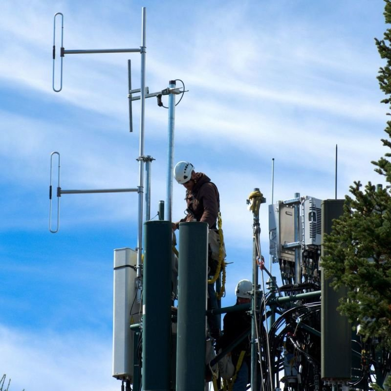 Antennen- Satelliten- und Telefonanlagen