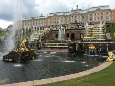 Saint Petersburg Taxi to Peterhof