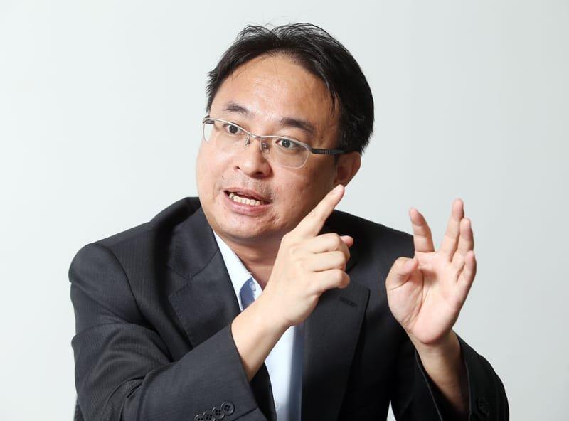 Dr. Huang-Chien Liang