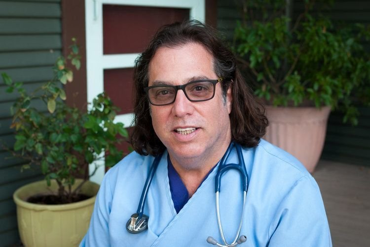 DR. ROBERT L. SPITZ