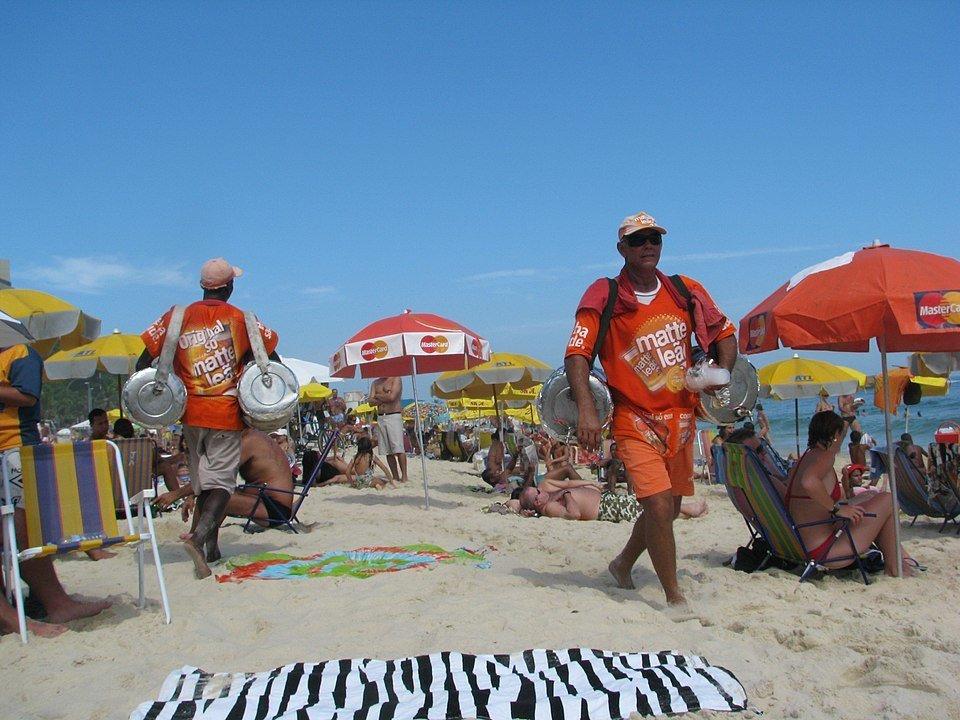 רוכלים בחוף קופקבנה