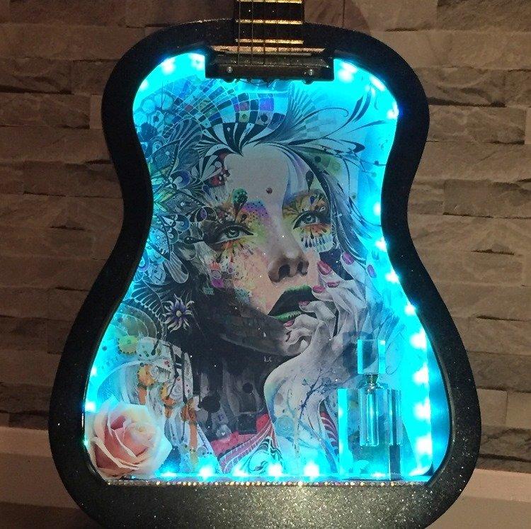 Chic Chick artwork guitar