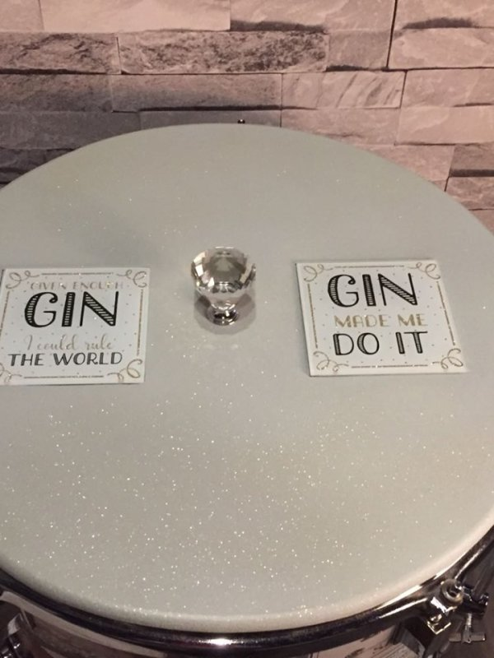 Floor Tom Gin Bar