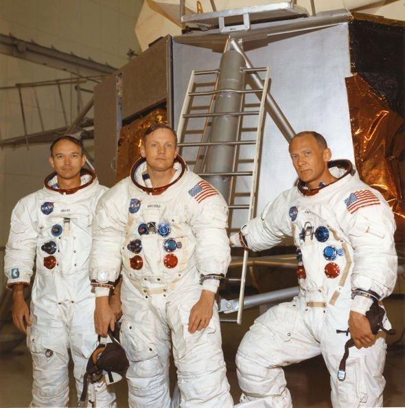 NASA APOLLO 11 MOON MISSION  8x10 PHOTO 1969