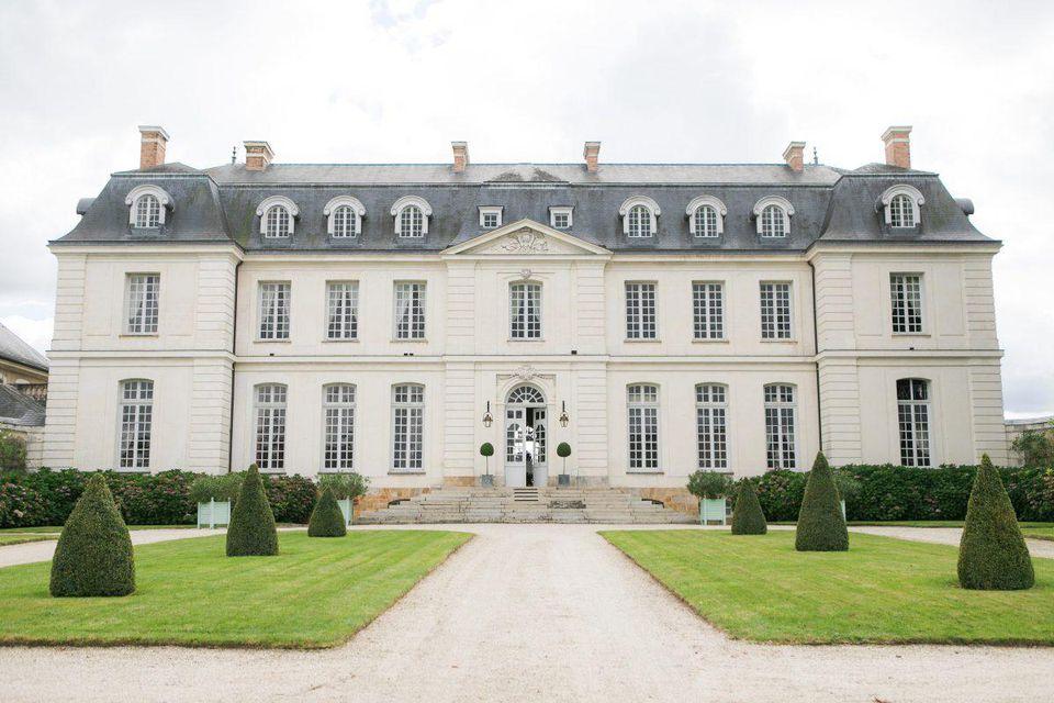 Vous vous sentirez comme des rois lors de votre séjour à l'hôtel Château du Grand-Lucé.