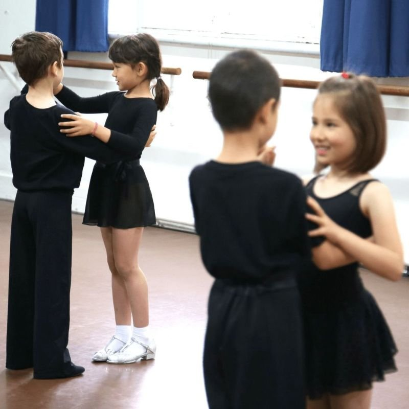 Ballroom and latin group classes for kids