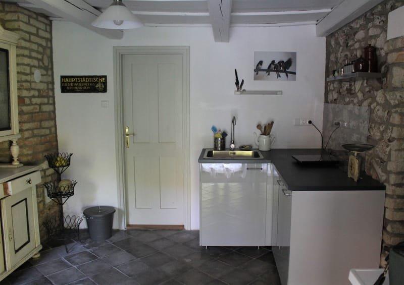 kicsi konyha * kleine Küchenzeile * little kitchen