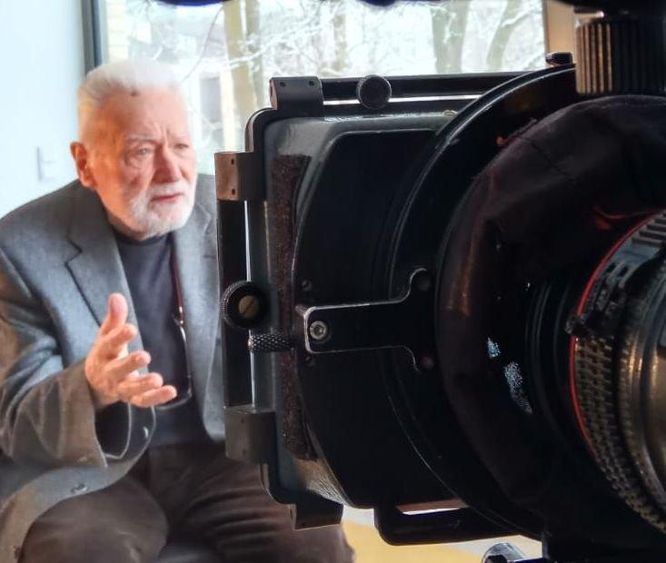 הפקת סרטי תעודה ומתן שרותים להפקת סרטי דוקו ועלילה