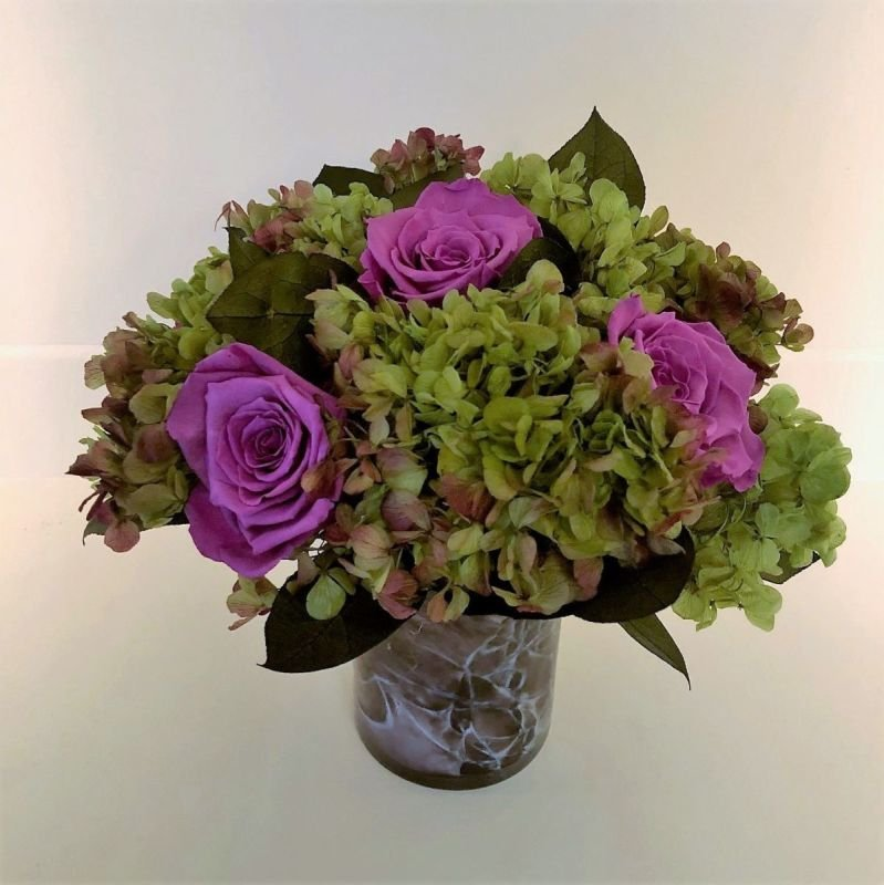 109 Hydrangea with Roses