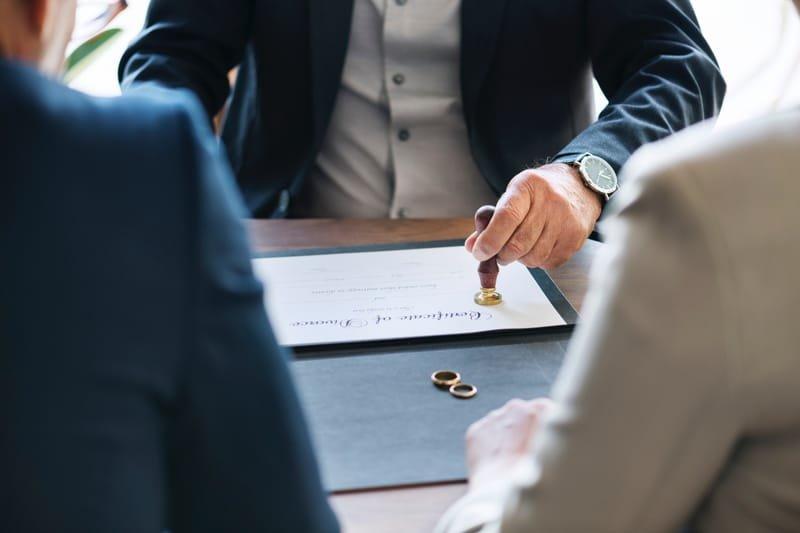 Ваш адвокат в сімейних та спадкових справах