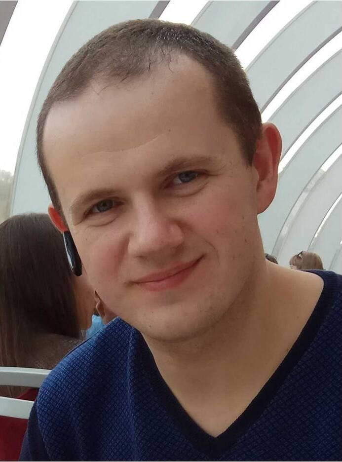 Александр Котомин