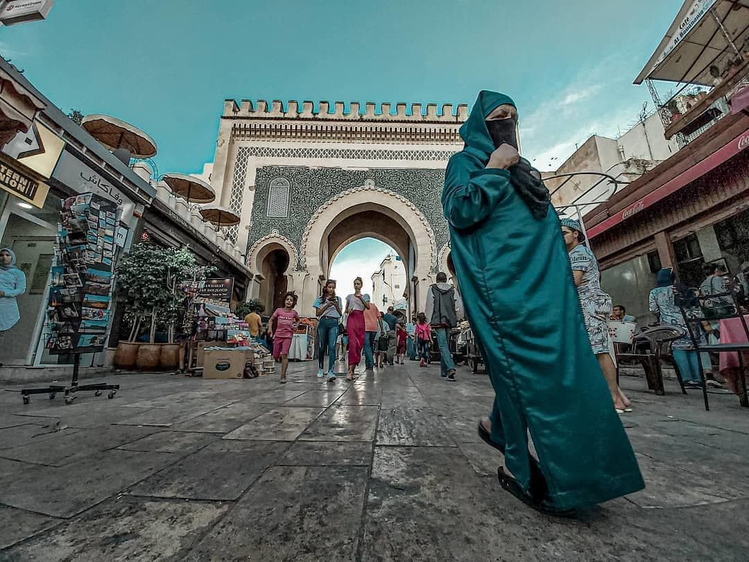 fez desert tour, morocco luxury tours, morocco private tour, fes to desert, fes tours, 10 days in morocco, discover fes, visit merzouga desert, sahara desert trip,