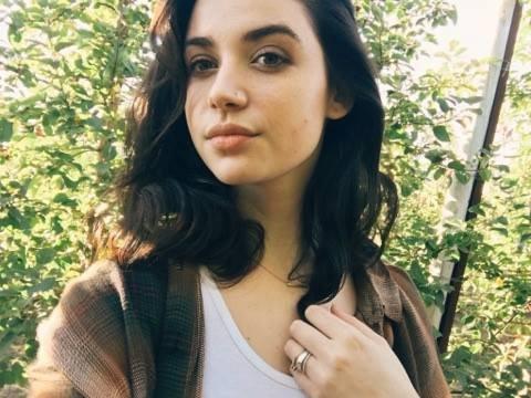 Nika Sandal
