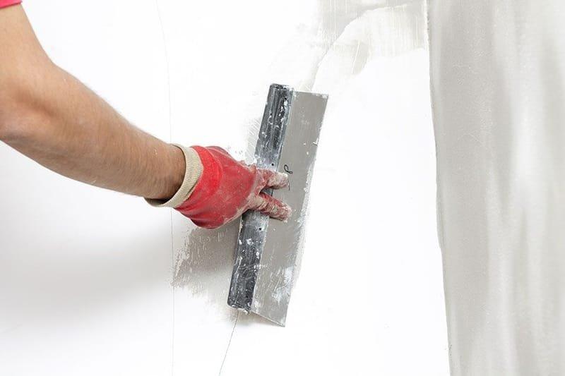 Gładzenie ścian/sufitów