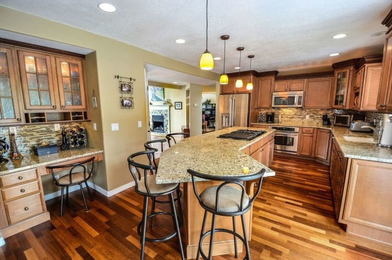 A Guide in Choosing a Kitchen Remodeling Contractor
