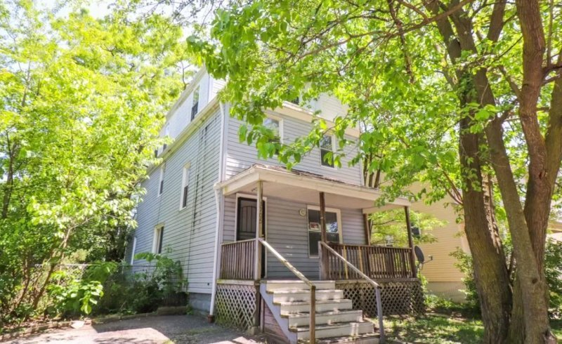 1705 E84th Cleveland, OH - FOR SALE $59,900!