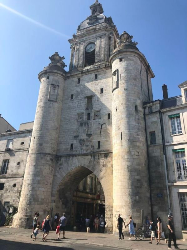 Gate and towers at La Rochelle