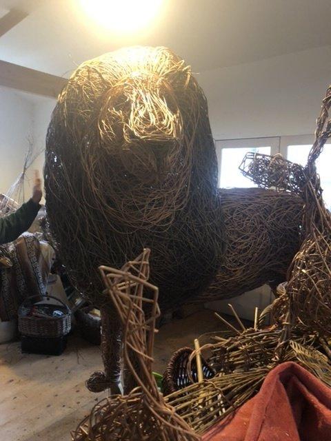 Aslan sculpture at Welig Heritage Crafts
