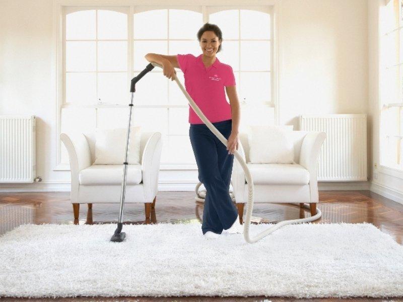 10 خطوات لتنظيف المنزل بالكامل بسرعة